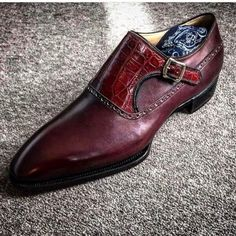 Novecento Line Paris in dark burgundy French calf and shiny alligator