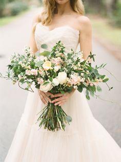 Overflowing wedding bouquet: http://www.stylemepretty.com/little-black-book-blog/2015/12/29/classic-southern-plantation-wedding-inspiration/ | Photography: Brianna Wilbur - http://briannawilbur.com/