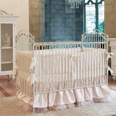 Venetian Iron Crib - Distressed White