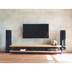 New living room diy furniture tv stands Ideas Living Room Tv Unit Designs, Living Room Sofa Design, New Living Room, Living Room Decor, Muebles Rack Tv, Diy Furniture Tv Stand, Furniture Ideas, Home Theater Rooms, Room Setup