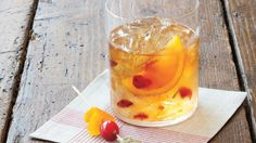 Show off a classic Southern drink at your next party with these satisfying bourbon cocktails.