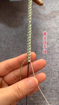 Diy Bracelets Patterns, Diy Bracelets Easy, Macrame Bracelet Diy, Bracelet Crafts, Diy Friendship Bracelets Patterns, Diy Braids, Diy Crafts Jewelry, Bracelet Tutorial, Macrame Tutorial