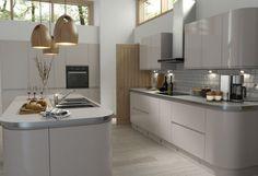 Handleless Cashmere Gloss Kitchen