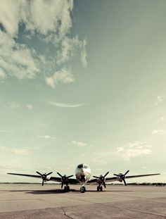 /by Chris.Jeriko #flickr plane #airliner #DC6