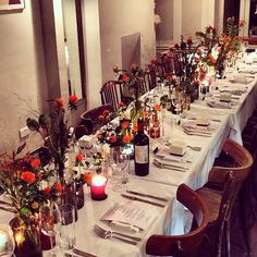No 2 in my #autumntheme today - a lovely #warm #tablesetting by @grazia_live #autumnwedding #autumncolors #autumncolours #warmcolours #autumnflowers #weddingtable #tabledecor #tabledecoration #rustic #rusticwedding #countrywedding #weddingblog #weddingblogger