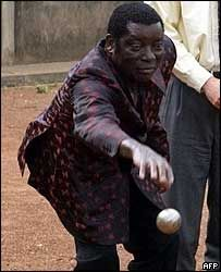 Togo - Gnassingbé Eyadéma playing petanque