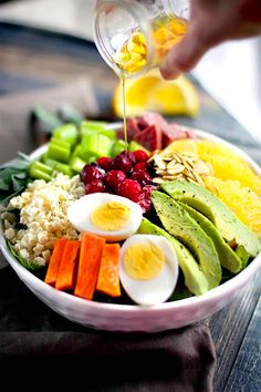 Winter's Bounty Paleo Cobb Salad! Take advantage of seasonal produce and make this healthy Paleo Cobb Salad ! It's packed with, flavor, protein, healthy fats, and LOADS of seasonal fruits and veggies! You'll love how easy and delicious is to make for one or for the whole family.