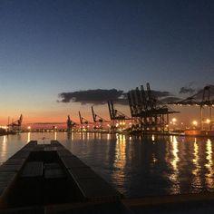 """""""Goedemorgen vanuit Antwerpen. #mspetraq #containers #binnenvaart #Antwerpen…"""