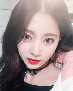 ♡ [ Official Thread of Chou Tzuyu ] NEW OP incoming! ⇀ Poll updated ⇀ The Most Beautiful Face of 2019 ヽ(♡‿♡)ノ Nayeon, South Korean Girls, Korean Girl Groups, Ulzzang, Twice What Is Love, Chou Tzu Yu, She's A Lady, Tzuyu Twice, Most Beautiful Faces