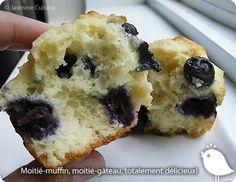 Jasmine Cuisine: Muffins aux bleuets et à la crème sure