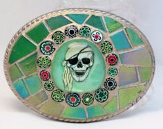 Pirate belt buckle mosaic, green
