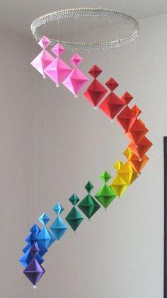 Origami falten - Blume, Sterne und Tiere als Deko im Kinderzimmer    Minimalisti.com