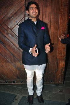 Celebs @ Big B's Diwali party- The Times of India Photogallery Page 22