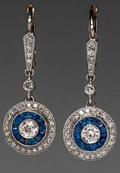 1920'S ART DECO DANGLE EARRINGS DIAMONDS  BLUE SAPPHIRES IN PLATINUM AND 18K GOLD