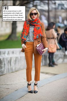 Cropped pants, striped shirt, cognac jacket and black heels with pattern from the scarf | fall pattern mixing | monochromatic style | wear to work
