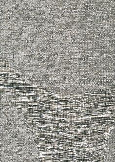 Tissage irrégulier de fines lanières de papier argenté (Thesign chez Angely Paris)