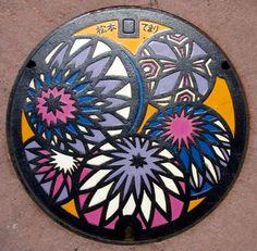 manhole cover / temari