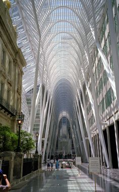 https://flic.kr/p/5DR83f | Toronto commercial district | Some of the buildings in the business quarter of Toronto are really spectacular