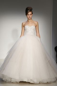 A model on the runway at Kenneth Pool's fall 2013 bridal show.