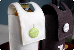 33 Shades of Green: Handmade Holidays. . .Felt Wine Sleeve
