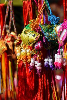 chinese new year ornaments- I love the Chinese use of colors...beautiful.