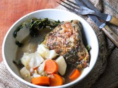 Jamaican chicken stew utilizes fresh thyme, Scotch bonnet peppers and loads of ginger for a refreshing yet hearty dish. Wine Recipes, Soup Recipes, Chicken Recipes, Cooking Recipes, Chicken Soups, Chicken Curry, Chili Recipes, Stew Chicken Recipe Jamaican, Jamaican Recipes