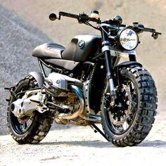 combustible-contraptions: BMW R1200R | Brat Tracker | Scrambler | Lazareth