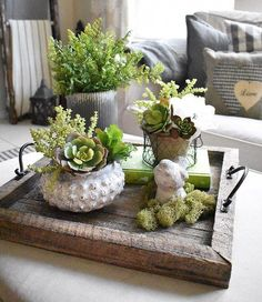 45 Pretty Decorating Ways to Style Your Coffee Table - Decorative Tray - Ideas of Decorative Tray - coffee table centerpieces; table centerpieces for living room; Coffee Table Centerpieces, Coffee Table Tray, Coffee Table Styling, Decorating Coffee Tables, Coffee Table Decor Living Room, Dining Room, Dining Table, Tray Decor, Decoration Table
