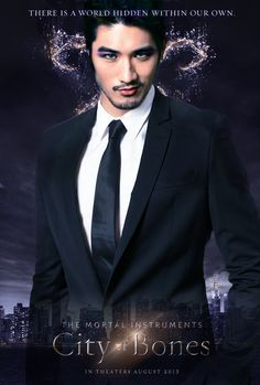 MAGNUS YOU BEAUTIFUL GLITTERY CRAZY WARLOCK WITH A PENCHANT FOR BLUE EYES AND DARK HAIR!