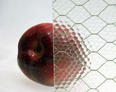 ヴィンテージワイヤーガラス「Pebble Glass」