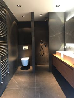 Badkamer Amsterdam Fam Boer is part of Loft bathroom - Washroom Design, Toilet Design, Bathroom Design Luxury, Modern Bathroom Design, Loft Bathroom, Bathroom Layout, Small Bathroom, Bathroom Crafts, Bathroom Design Inspiration