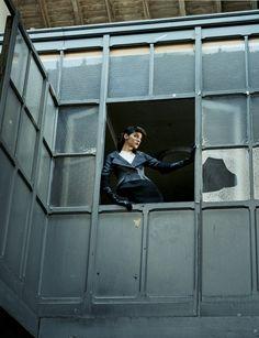 Juan Gatti - Photographers - Editorial - Vogue Espana Se Ha Escrito Un Crimen | Michele Filomeno