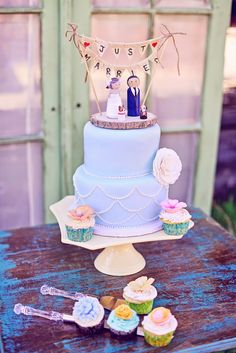 Cute cake toppers!  via Just Wenderful Event Planning and Design