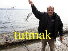 ---------- tutmak ---------- balık tutmak Elini tutmak istiyorum. Kontrol altında tutmak ---------- https://www.facebook.com/LaytmotifSprachkalender/ http://www.laytmotif.de Foto: Angler, Istanbul ---------- fangen, packen, fassen, festhalten ---------- Fisch fangen Ich möchte Deine Hand halten. Unter Kontrolle behalten ----------