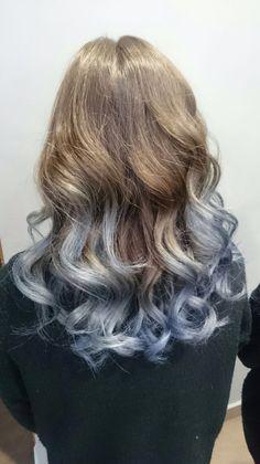 Puntas grises azuladas