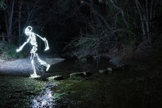 Darren Pearson's Light-Painted Skeleton Dances, Runs, And Skateboards Into Our Hearts Motion Photography, Photoshop Photography, Photography Projects, Abstract Photography, Light Photography, Painting On Photographs, Abstract Photos, Exposure Lights, Long Exposure
