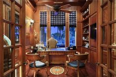 I Think I Could Be Productive in These Awesome Home Offices (36 Photos) - Suburban Men Home Office Layouts, Home Office Design, Aspen Lodge, Cozy Home Office, Office Plan, Ads Creative, Cozy House, Productivity, House Plans
