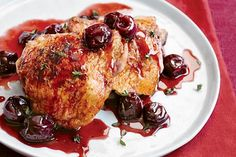 Pechugas de pollo con cerezas - Recetín