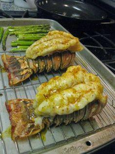 Broiled Lobster Tails - Cocinando con Alena