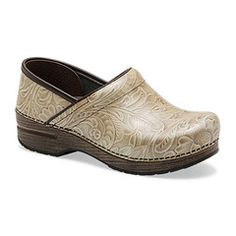 Make your active work environment stress-free with the Dansko Professional Arabesque clog in Taupe patent leather. Designed for all day comfort, the Dansko Professional clog features a roomy toe box,. Dansko Shoes, Clogs, Cute Shoes, Me Too Shoes, Filter, Nursing Clothes, Nursing Outfits, Nursing Shoes, Taupe