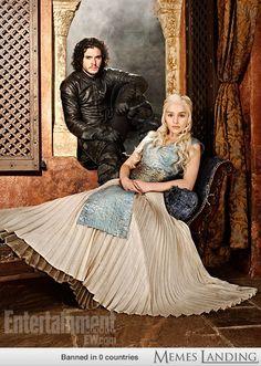 Daenerys and Jon. Game of thrones.