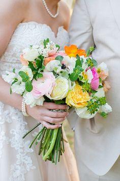 Katie & Reed's Vintage Chic Wedding at Legare Waring House // Photographer: @dcubbagephoto// Gown: Allure Romance// Florals: Stephanie Gibbs Events #realwedding #weddingbouquet #weddingfloralarrangements