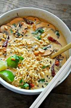 Vegan Spicy Thai Peanut Ramen The best vegan ramen soup with a spicy Thai peanut broth. - Vegan Spicy Thai Peanut Ramen - Rabbit and Wolves Veggie Recipes, Whole Food Recipes, Soup Recipes, Dinner Recipes, Cooking Recipes, Lentil Recipes, Vegetarian Recipes No Beans, Pressure Cooker Recipes Vegetarian, Instapot Vegetarian Recipes
