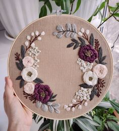 How to Get the Bride Bouquet and Groom Boutonniere Harmony? When searching for bridal arrangement Floral Embroidery Patterns, Embroidery Flowers Pattern, Embroidery Stitches Tutorial, Simple Embroidery, Embroidery Hoop Art, Hand Embroidery Designs, Modern Embroidery, Flower Patterns, Broderie Simple