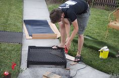The Adventures of Kym & Dustin: DIY- Dog potty patch- Fake grass