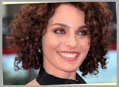 Resultado de imagem para short curly hair 3b