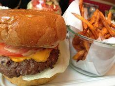 Look at the cheese! Hamburger, Cheese, Ethnic Recipes, Food, Essen, Burgers, Meals, Yemek, Eten