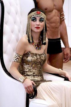 Cleopatra by Napoleon Perdis
