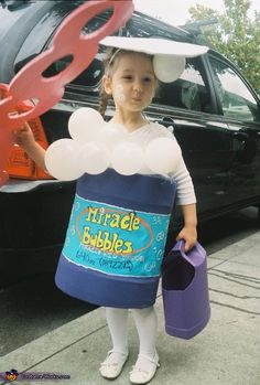 """Bubble Girl"" - fun DIY costume"