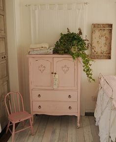 "Love this! Caitie your dresser that you ""hate"" is going to look like  this very soon!"